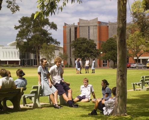 Immanuel College: Main Oval